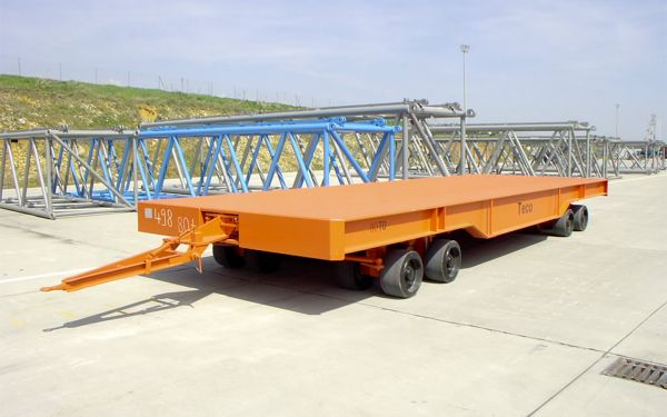 Heavy duty trailer for warehouse logistics, payload of 80t